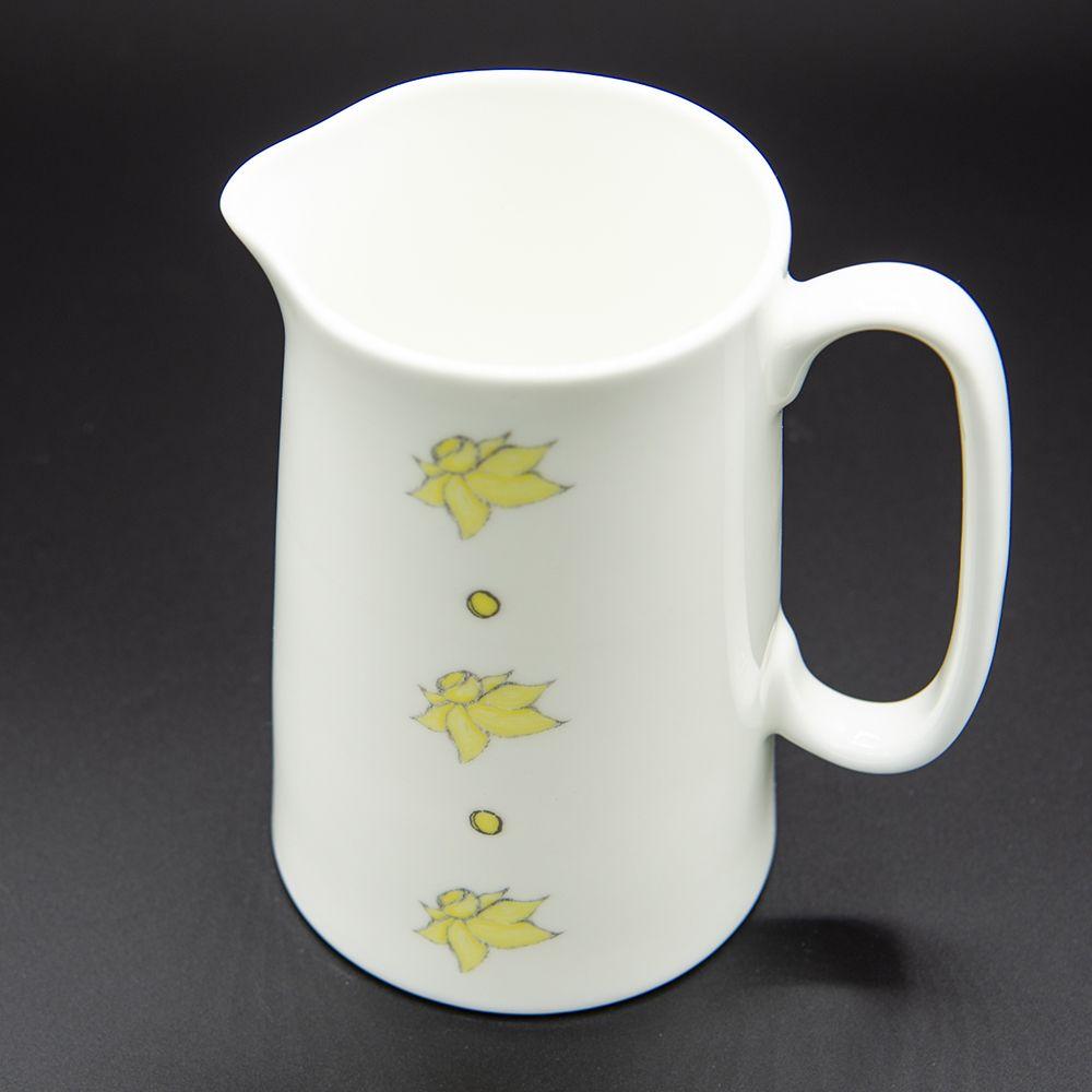 "Image Description of ""Welsh Connection daffodils jug""."