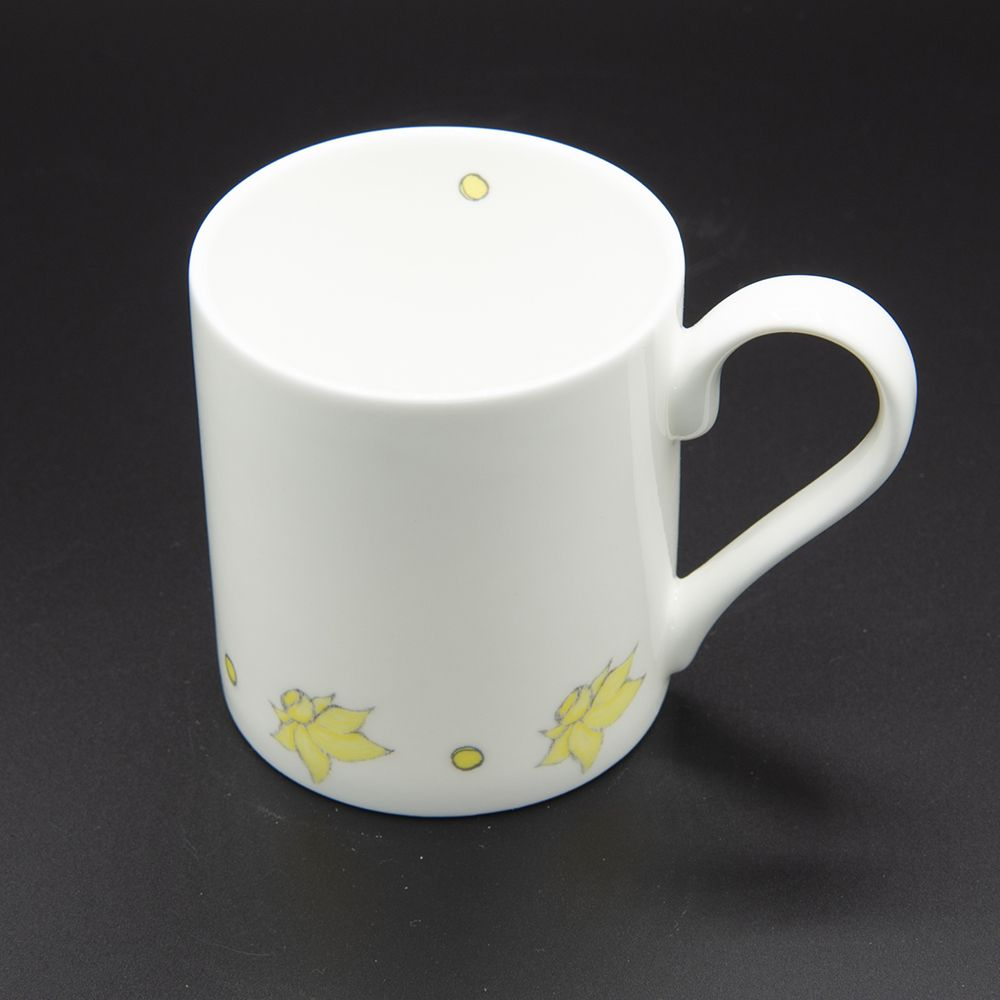 """Image Description of """"Welsh Connection daffodils mug, small""""."""